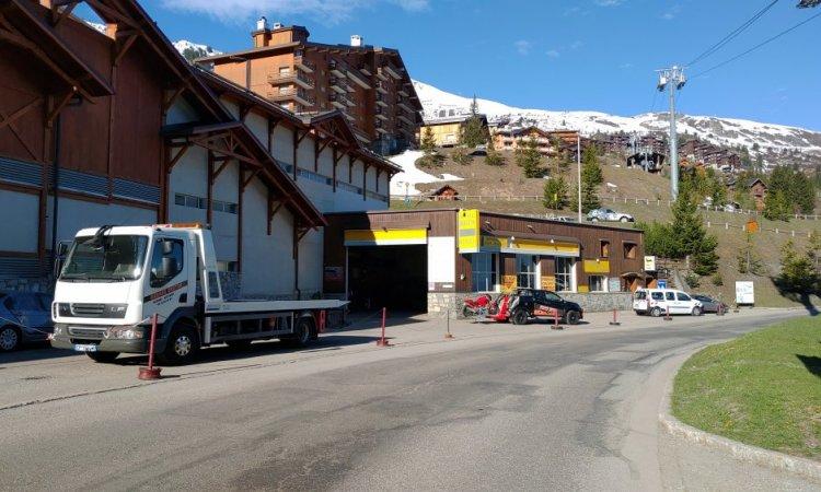Garage Breton en montant la route du Laitelet